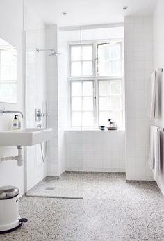 white bathroom with terrazzo floor . white bathroom with terrazzo floor Unique Bathroom Sinks, Tiny House Bathroom, Bathroom Toilets, Bathroom Design Small, Laundry In Bathroom, Simple Bathroom, Bathroom Interior, White Bathrooms, Bathroom Ideas