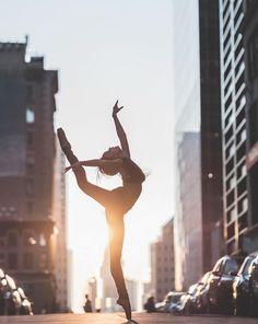 Beautiful Ballet Dancers Portraits in New York City Streets – Fubiz Media