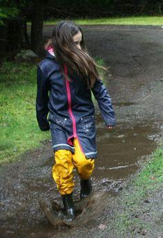 Women S Shoes Vocabulary Code: 1319194725 Nylons, Wellies Rain Boots, Rain Suit, Pvc Raincoat, Rain Gear, Girls Wear, Bleu Marine, Women, Fashion