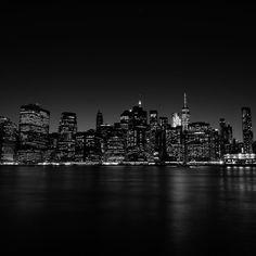 #manhattan #skyline #newyork #usa #night #nightphotography #blackandwhite #fuji #fujifilm #konzy http://fb.me/konzy.me