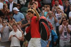 Roger Federer salutes the crowd after his Olympic singles quarter-final win.