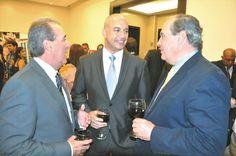 Nuevas oportunidades de inversión en Panamá, el Embajador de la República de Panamá en Venezuela S.E. Miguel Mejia, el Presidente y Director del World Trade Center de Valencia compartiendo en el evento Enfoca Panamá.