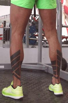 Trendy Tattoo Mandala Leg Calves tattoo tattoo tattoo calf tattoo ideas tattoo men calves tattoo thigh leg tattoo for men on leg leg tattoo Leg Band Tattoos, Leg Tattoos Small, Tattoo Band, Circle Tattoos, Body Art Tattoos, Sleeve Tattoos, Calve Tattoo, Calf Tattoo Men, Tattoo Thigh