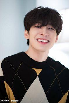 Wonwoo Naver x Dispatch Mingyu Wonwoo, Seungkwan, Woozi, Seventeen Wonwoo, Seventeen Debut, Carat Seventeen, Seventeen Memes, Fandom, Day6 Sungjin