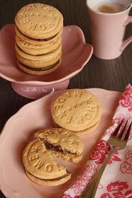 Dobostorta - gluténmentes blog: Házi csokoládés keksz Pancakes, Dairy, Cheese, Cookies, Breakfast, Blog, Crack Crackers, Morning Coffee, Biscuits