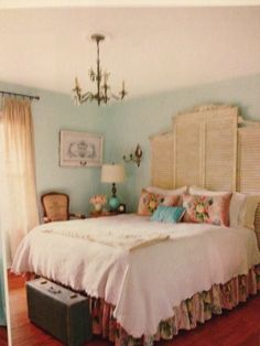 Country cottage bedroom from Cottage Style magazine