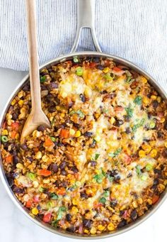Are you looking for meatless Monday recipes? Here are healthy meatless meals for dinner, crockpot, they're easy ideas, and some great vegan ideas as well! dinner meatless 10 Meatless Monday Recipes You Should Try - Making Sense Of Cents Rice Recipes For Dinner, Vegetarian Recipes Dinner, Mexican Food Recipes, Healthy Recipes, Vegetarian Casserole, Easy Recipes, Meatless Recipes, Meatless Dinner Ideas, Meatless Monday Easy
