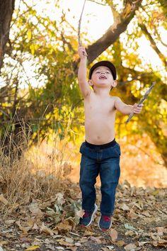 #toddler #photoshoot #fallphotos #familyphotos #boy