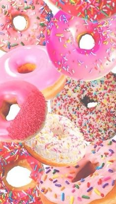 Milujem donuty a čo vy ???? 》》》♡♡♡♡