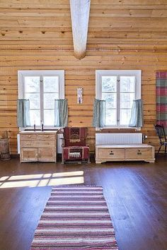 Log house for sale in Kangasniemi, Finland / Living room