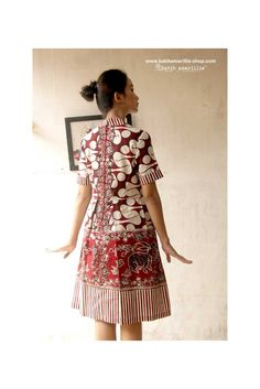 Batik Amarillis's it Girl! it's classy and classic dress.. it has flared and twirling skirt with unique double pleats at front and back. it girl knows exactly who she is and what she wants, She isn't afraid to be herself and never follows the latest trends, instead creates them through her unique and impeccable sense of style.