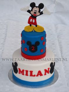 Mickey mouse taart.