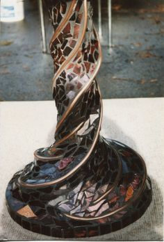 Mosaic table Pedestal
