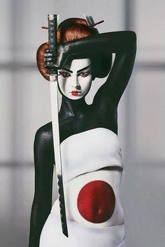 Samurai and Geisha Celebration Ronin Samurai, Samurai Art, Samurai Warrior, Japanese Culture, Japanese Art, Japanese Kimono, Foto Picture, Memoirs Of A Geisha, Samurai Tattoo
