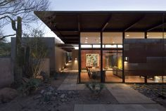 The Brown Residence / Lake|Flato Architects | ArchDaily