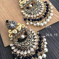 4550 + shipping extra for Order WhatsApp - 8383862696 Indian Jewelry Earrings, Jewelry Design Earrings, Gold Earrings Designs, Ear Jewelry, Silver Earrings, Jewelry Accessories, Hoop Earrings, Antique Jewellery Designs, Earrings
