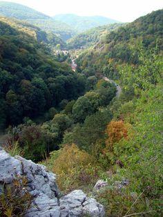 Magyarország (Hungary) - Kárpát-medence uploaded by ♕Audrey♕ Central Europe, Travelogue, Capital City, Homeland, Budapest, To Go, Journey, River, Mountains