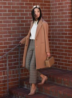 Самые модные цвета Осень 2018 (фото) Winter Outfits For Work, Casual Winter Outfits, Office Wear Women Work Outfits, Winter Work Fashion, Spring Fashion Trends, Spring Outfits, Fall Fashion, Plaid Pants Outfit, Black Trousers Outfit Work