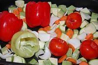 Zacusca de dovlecei(varianta rapida si sanatoasa) - LaLena.ro Stuffed Peppers, Vegetables, Recipes, Food, Romanian Recipes, Canning, Stuffed Pepper, Essen, Eten