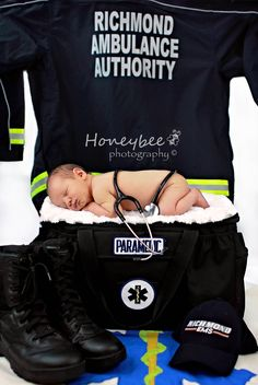 newborn photography paramedic dad