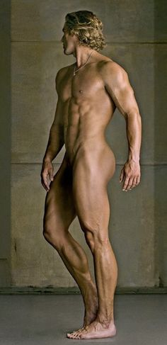 Greek Mythology Male Model: De Angelo by David Vance Photos Body Reference, Anatomy Reference, Figure Reference, Photo Reference, Drawing Reference, Academic Drawing, Corpus, Dramatic Photos, Style Masculin