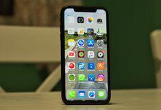 iPhone XR Review: Cel Mai Bun iPhone Pentru Cât Costă Cat Brain, Iphone Price, Iphone 8 Plus, Screen Protector, Apple Iphone, Ipad, Iphone Cases, Cats, Freeze