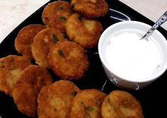 Sajtos krumplitallérok🧀🥔 | Benes Natália receptje - Cookpad receptek Muffin, Breakfast, Ethnic Recipes, Food, Drink, Party, Morning Coffee, Beverage, Eten