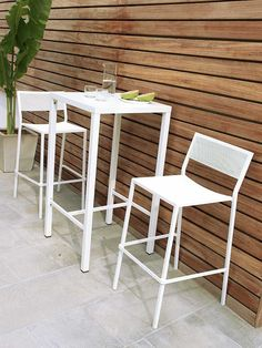 High table, square, 60 x 60 cm - Unopiù Tall Stools, Low Stool, Square Tables, Reception Areas, Contemporary Design, Garden Table, Furniture, Home Decor, Outdoor