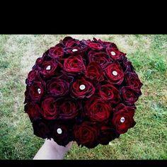 Black Magic Roses!!!!<3