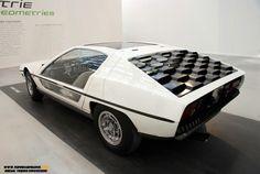 Lamborghini Marzal rear wiew