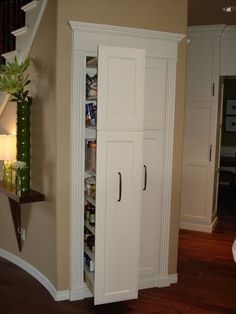 Pull out pantry. I think this is so much smarter than the conventional pantry!