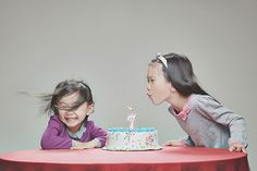 blowing out birthday candle - Jason Lee's daughters, wedding photographer Photoshop