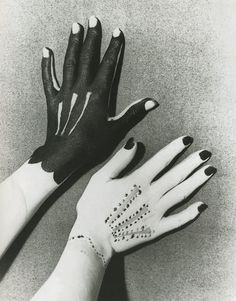 Hands painted by Picasso, photographed by Man Ray, 1935 via @stephenellcock