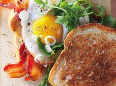 Every one of these sandwiches look amazing! Bacon and Egg Sandwiches with Pickled Spring Onions Bacon And Egg Sandwich, Egg Sandwiches, Bacon Egg, Sandwich Recipes, Maple Bacon, Breakfast Sandwiches, Sandwich Ideas, Delicious Sandwiches, Bon Appetit