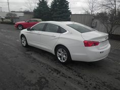 2014 Chevrolet Impala, Summit White, 14425615    http://www.phillipschevy.com/2014-Chevrolet-Impala-2LT-Chicago-IL/vd/14425615