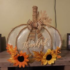 Autumn Crafts, Thanksgiving Crafts, Holiday Crafts, Dollar Tree Decor, Dollar Tree Crafts, Dollar Tree Fall, Halloween Crafts, Splatter Screens, Hacks Diy
