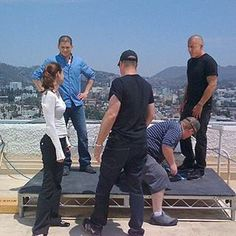 behind the scenes season but you all knew that Prison Break 5, Broken Pictures, Dominic Purcell, Sarah Wayne Callies, Michael Scofield, Wentworth Miller, Shows On Netflix, That One Friend, Pretty Little Liars