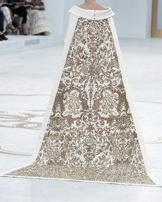 highqualityfashion:   Chanel Haute Couture FW 14 - Female Fashion Prodigy