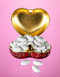 I need one of these to keep all my pills in my purse!