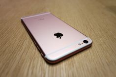 Foursquare Claims Foot Traffic Can Predict Weekend iPhone Sales
