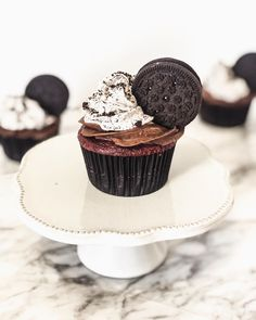 Doesn't everyone love Oreos? Oreos, Cupcake, Chelsea, Desserts, Instagram, Food, Tailgate Desserts, Deserts, Cupcakes