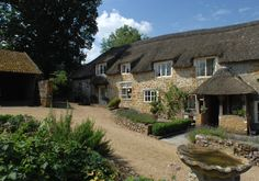 Bluebell Grey luxury self-catering near Ilminster in Somerset, child-friendly luxury self-catering near Ilminster in Somerset.