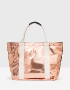 #Boden Gabriela Bag Rose Gold Women Boden, Rose Gold #Take a little bit of sunshine with you wherever you go, thanks to our metallic bag. This versatile leather shopper style has plenty of space for all your beach essentials, and looks the part shopping at the local markets too. Statement woven straps add a touch of flair.