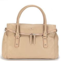 """Kate Spade Cobble Hill Leslie *HOST PICK* Palomino Beautiful large Kate Spade bag. Completely sold out. Make an offer!!! Never used. A gorgeous tan/cream color called Palomino. Comes with dust bag. 16.5"""" x 7"""" x 10"""" kate spade Bags Shoulder Bags"""