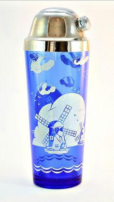 Hazel Atlas Cobalt Blue Sportsman Cocktail Shaker, Blue Depression Glass Windmill Barware, Sportsman Cocktail Shaker, Sportsman Drink Shaker #etsy #vintage #etsygifts #findsfromyesteryear #asmsg