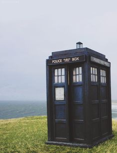 Doctor Who Official on Tumbler Martha Doctor Who, Doctor Who 10, First Doctor, Doctor Who Tumblr, Tv Doctors, Film Story, Im Blue, Police Box, Torchwood