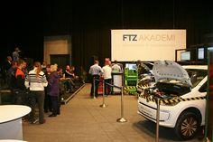 FTZ Akademi kårede Årets diagnosetekniker ved FTZ Fagmessen 2014.  Billedet er taget af Mads Grotenberg   Mekonomen Autoteknik - ES Motor   www.es-motor.dk
