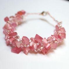 10 Pretty #Pink #Crochet Patterns: Beaded Wire Crochet Bracelet Free Pattern