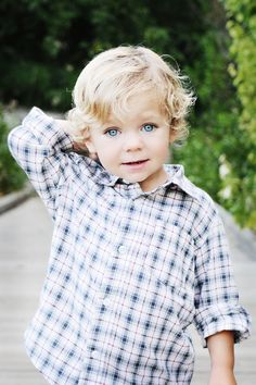 Love this cut - still has baby curls and not too short. I definitely wouldn't mind if Perrin had a little curl in his hair. So precious!