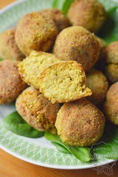 Falafel - wegetariański przysmak - kotleciki z ciecierzycy - sprawdź przepis Falafel, Baked Potato, Potatoes, Gluten Free, Baking, Vegetables, Ethnic Recipes, Food, Gastronomia
